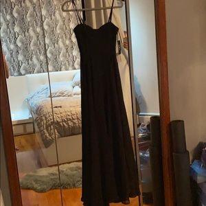 Strap long chiffon dress